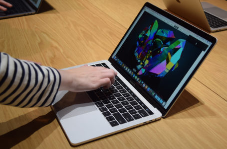 Should You Believe the Mac Ads? Is Mac Really Better Than PC?