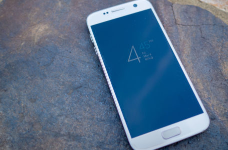 Meet the Samsung Galaxy S2 Android Smartphone