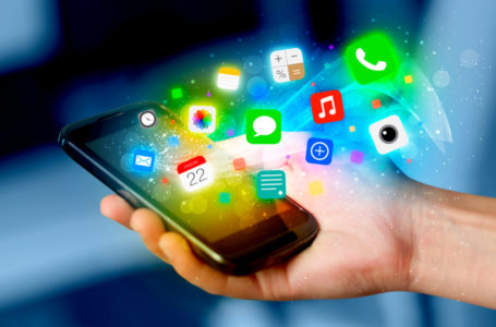 Top 4 Small Business Mobile Apps