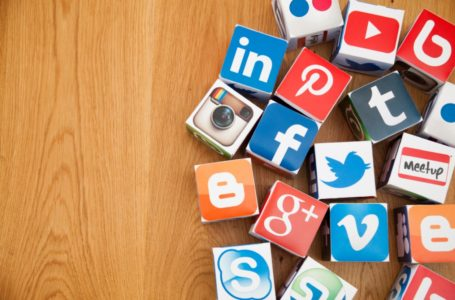 Eight Advantages Of Using Social Media